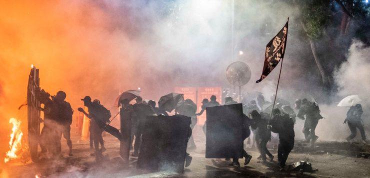 Χονγκ-Κονγκ: Μια εξέγερση ενάντια στο πεπρωμένο