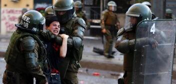 Raúl Zibechi: «Μας σκοτώνουν»